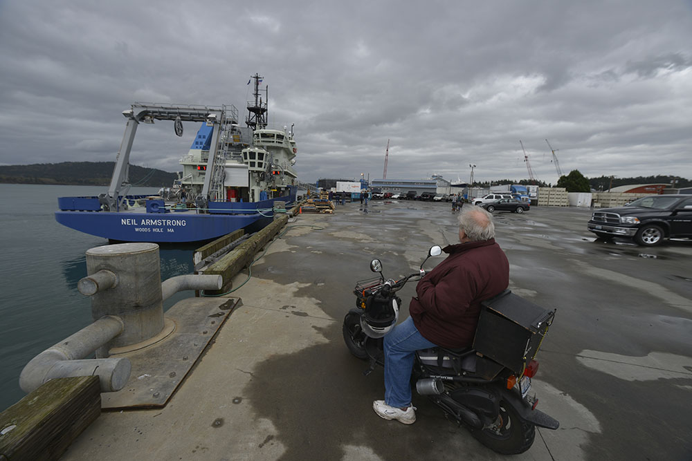 Several residents from Anacortes came down to the dock to see Neil Armstrong depart.